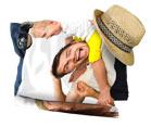 telo mare raffigurante un papà con bambino